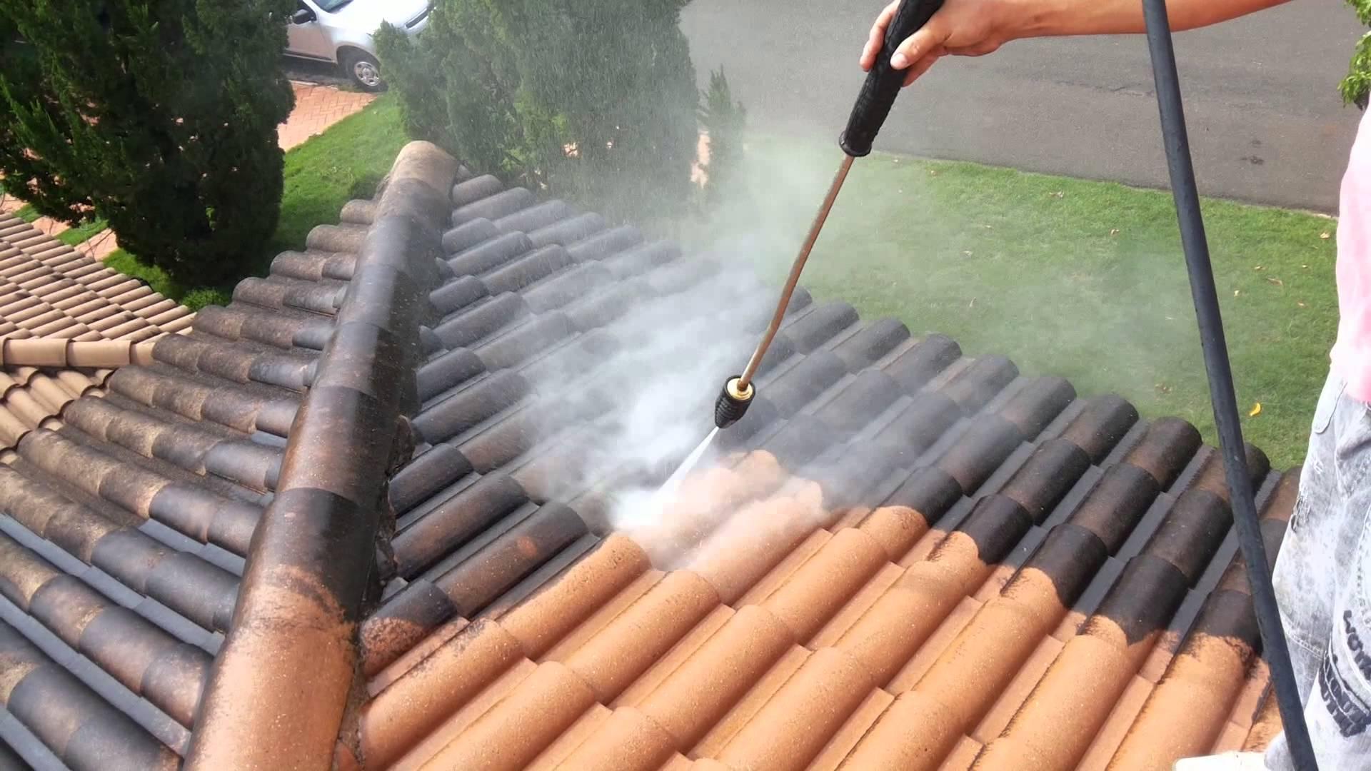 http://www.pierrevolschenk.co.za/wp-content/uploads/2016/04/Cleaning-of-Roofs_Pierre-Volschenk.jpg